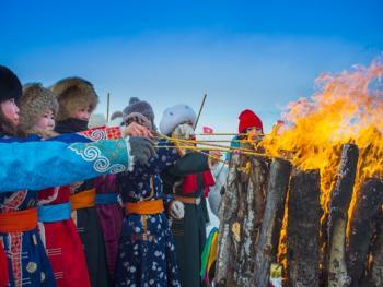 鄂温克族祭火节11