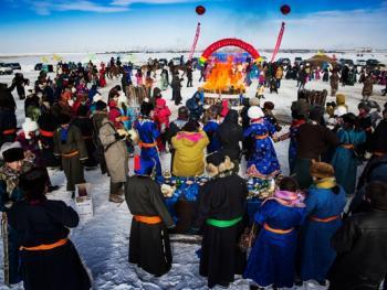鄂温克族祭火节12