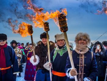 鄂温克族祭火节