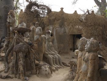 帕拉村灵性石人11
