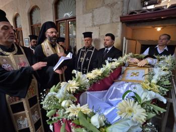 萨米神甫的葬礼