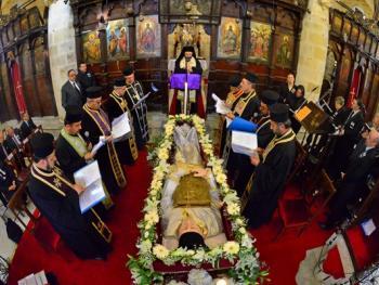 萨米神甫的葬礼03