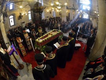 萨米神甫的葬礼08