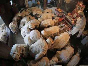 水族葬仪09