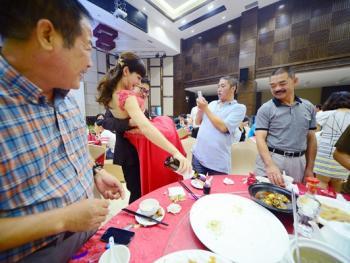 现代中国城市的婚礼习俗02