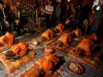 傣族男童入寺仪式12