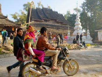 傣族男童入寺仪式07