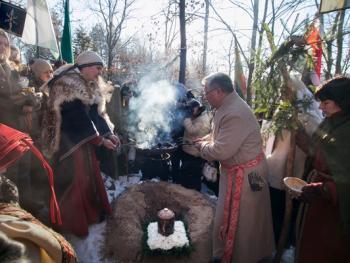 洛姆瓦教首领克列维的葬礼8