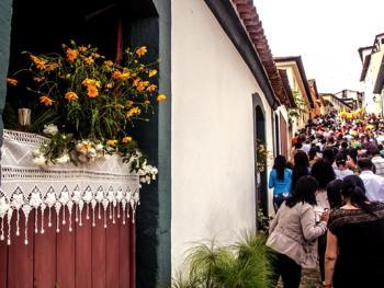 巴西复活节圣体匣游行10