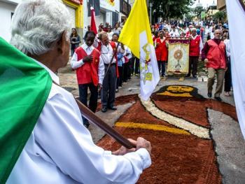巴西复活节圣体匣游行07