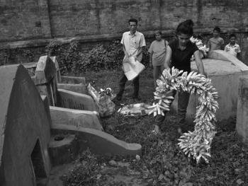 加尔各答华人的捡骨葬13