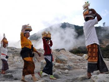 中爪哇西吉当火山祭