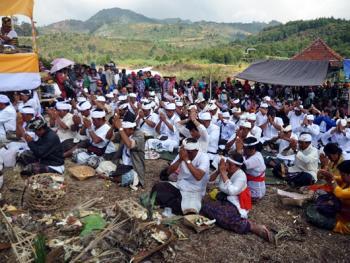 中爪哇西吉当火山祭05