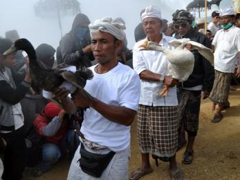 中爪哇西吉当火山祭07
