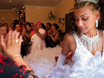 吉卜赛新娘的验证仪式05