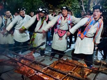 羌寨婚礼11