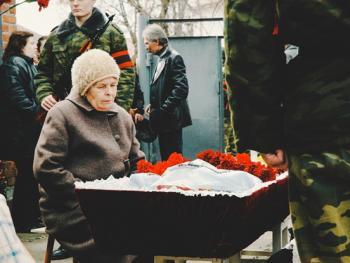 俄罗斯葬礼04
