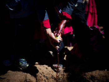 的的喀喀湖吓退冰雹的维兰察仪式07