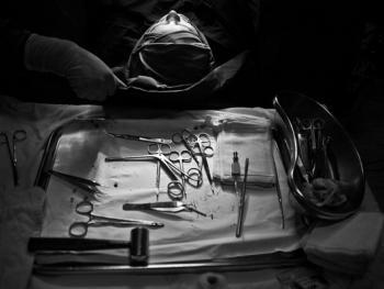 伊朗做整形手术的年轻人04