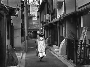穿和服的日本人08