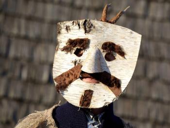 立陶宛狂欢节面具05