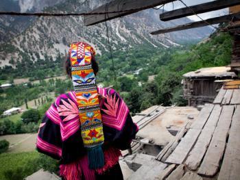 巴基斯坦卡拉什女人的服饰10