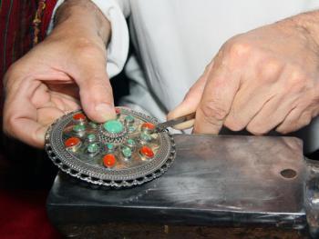 土库曼斯坦的珠宝镶嵌工艺