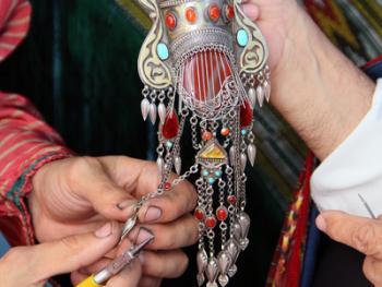 土库曼斯坦的珠宝镶嵌工艺02