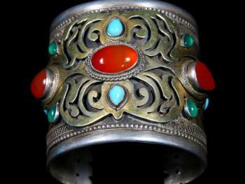 土库曼斯坦的珠宝镶嵌工艺09