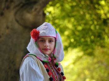 保加利亚传统服饰2