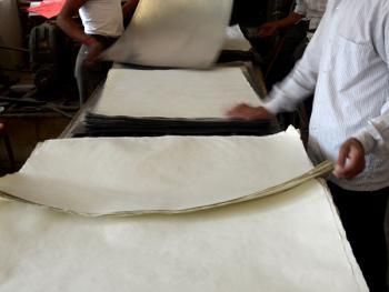 卡兹家族手工造纸11