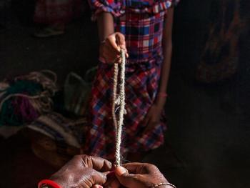 西孟加拉邦妇女的黄麻工艺小组