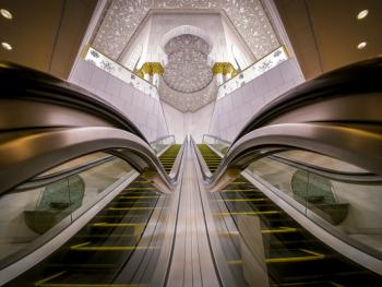 扎耶德大清真寺的精致内饰