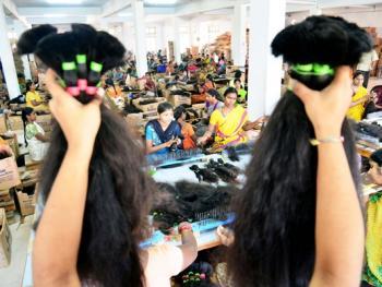 印度的假发生产10