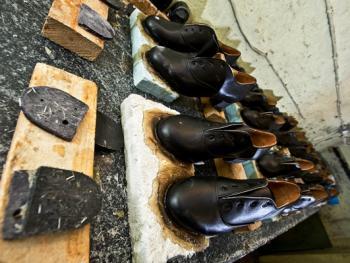 爱尔兰传统舞鞋制作12
