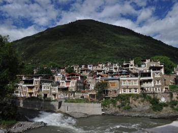 西索嘉绒藏族民居01