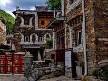 西索嘉绒藏族民居02
