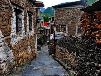 西索嘉绒藏族民居03
