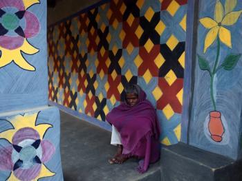 纳亚村的外墙绘画02