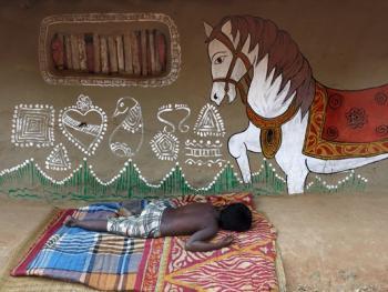 纳亚村的外墙绘画05