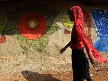 纳亚村的外墙绘画06