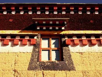 阿坝寺庙的窗户06
