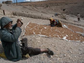 克尔曼省石穴村落07