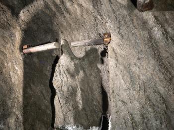 维利奇卡盐矿中的宗教设施01