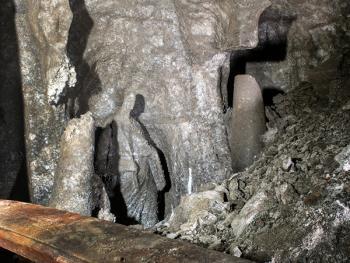 维利奇卡盐矿中的宗教设施03