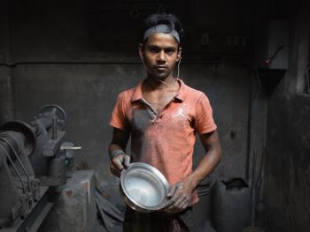 孟加拉铝制餐盘作坊06