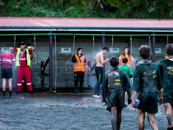 新西兰基督城泥地赛跑14