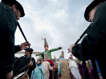 兰斯小镇上的狂欢节12