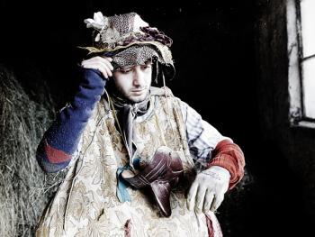 斯基尼亚诺镇的狂欢节09