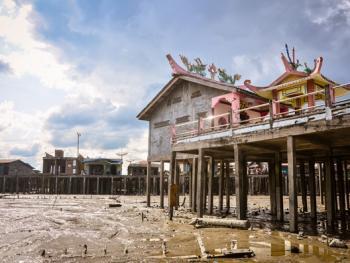 印尼挖蛤蜊